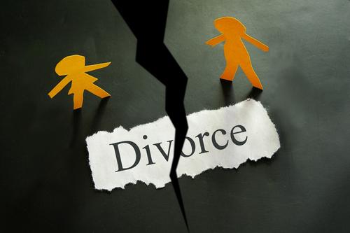 datant d'un nouveau père divorcé